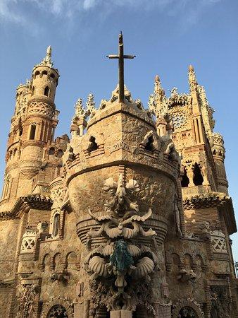 Castillo de Colomares: photo0.jpg