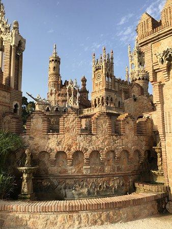 Castillo de Colomares: photo2.jpg