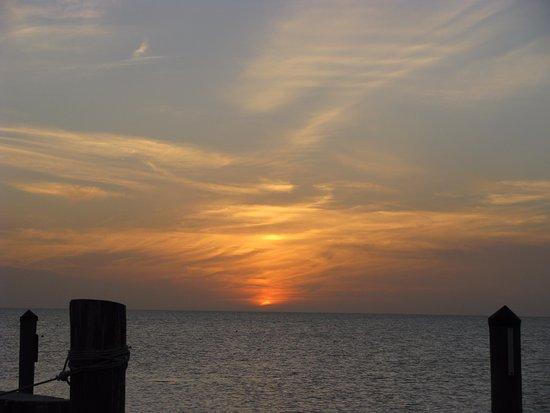 Seabird Marina: amazing sunsets