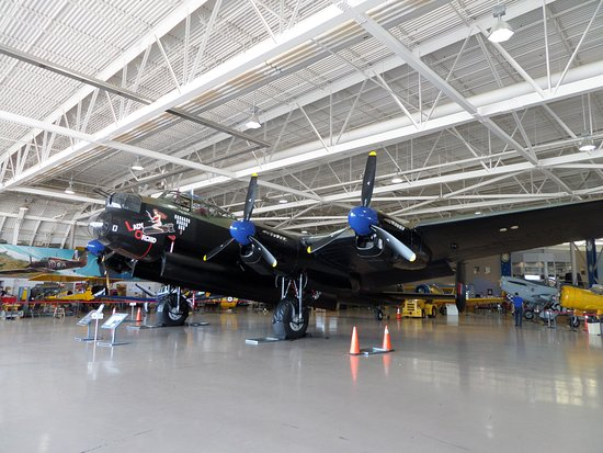 Mount Hope, Canadá: AVRO Lancaster ONE of ONLY TWO in the world
