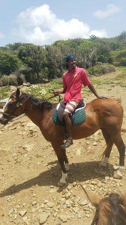 Sint Maarten, เซนต์มาร์ติน / ซินท์มาร์เทิน: 20160826_114113_large.jpg