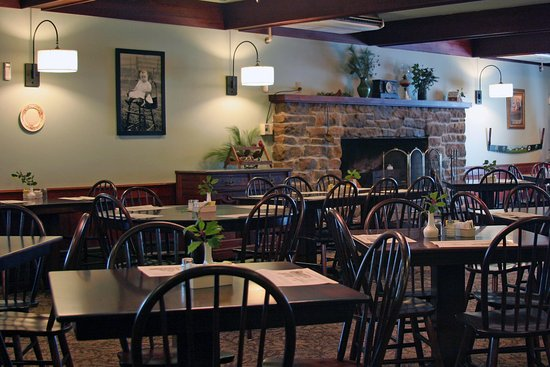 Grantsville, MD: The Casselman Main Dining Room