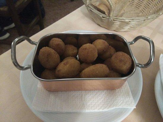 Espinar, España: Hostal Restaurante Casa Marino