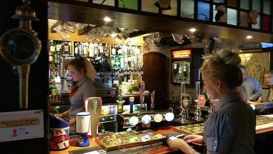 St Issey, UK: the barcounter