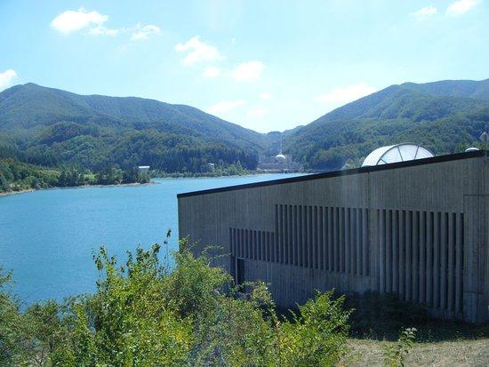 Emilia-Romagna, Italia: In lontananza la centrale nucleare