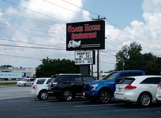 ซิมป์สันวิลล์, เซาท์แคโรไลนา: Coach House Sign