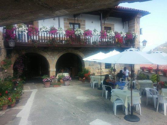 Los Corrales de Buelna, España: La Casona de Nori