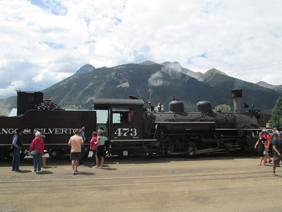 Durango and Silverton Narrow Gauge Railroad and Museum: arrival in Silverton