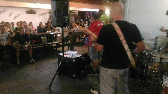 Ronchi dei Legionari, İtalya: Bar in Piazzetta