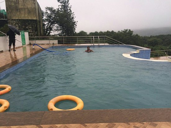 United-21 Resort Mahabaleshwar: IMG-20160710-WA0035_large.jpg