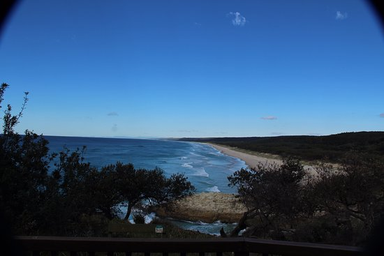 Point Lookout, Australia: Looking South from the broadwalk