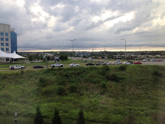 Independence, MO : View of I-70 from Room 431