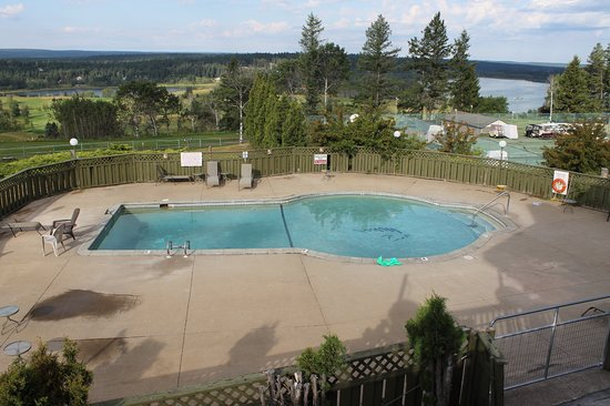108 Mile Ranch, Canada : Swimming Pool