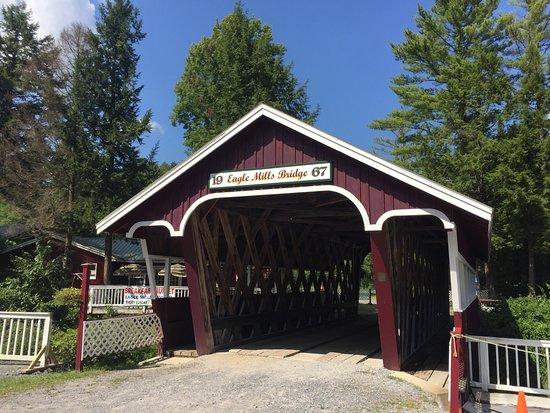 Broadalbin, NY: Eagle Mills Cider Mill & Family Fun Park