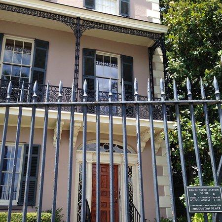 Edmondston-Alston House: Tour entracnce - front