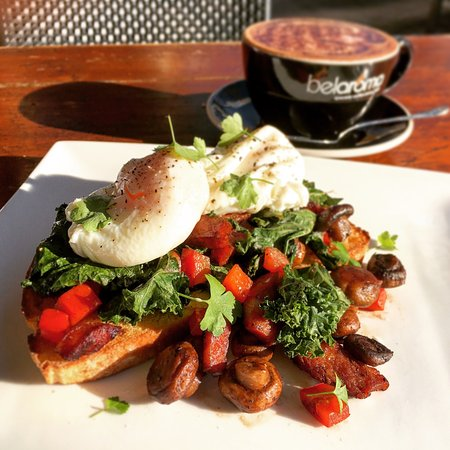 North Sydney, أستراليا: Dan's cafe and Bar