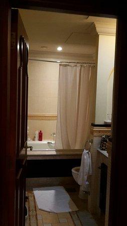 Arjaan by Rotana: Arjaan apartment elegant interiors