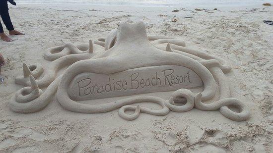 Paradise Beach Hotel: 20160827_171945_large.jpg