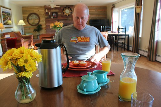 Estes Park Bed & Breakfast: Gourmet Breakfast