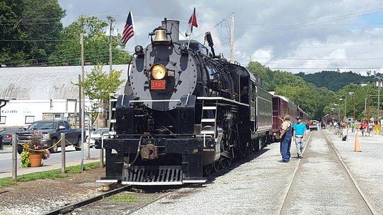 Great Smoky Mountains Railroad : 20160821_152901_large.jpg