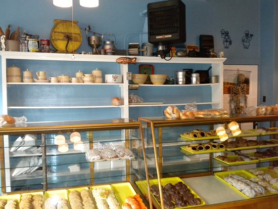 Antigo, WI: Wonderful pastries in nostalgic bakery cases.