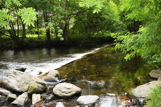 Betws-y-Coed, UK: Walk to the Swallow Falls.