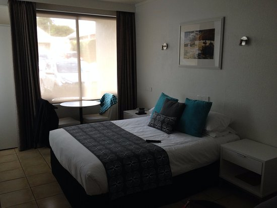 Sorrento Beach Motel Image