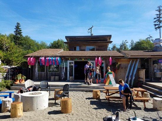 Pacific Sands Beach Resort: Surf Sisters