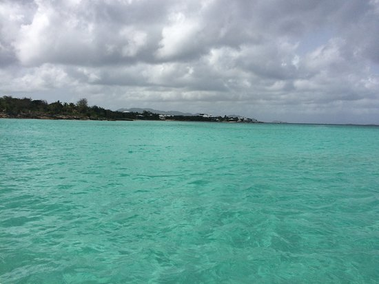 Oyster Pond, Sint Maarten: Another view from the boat - looks like a big swimming pool