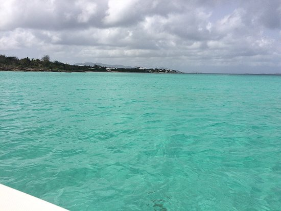 Oyster Pond, Άγιος Μαρτίνος: Meeting the gorgeous waters of Anguilla for the first time