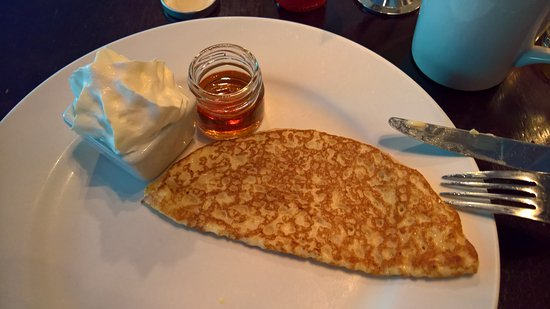 Hotel Rival: Pancakes for breakfast