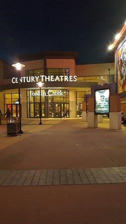 West Des Moines, IA: Cinemark 20 Jordan Creek and XD