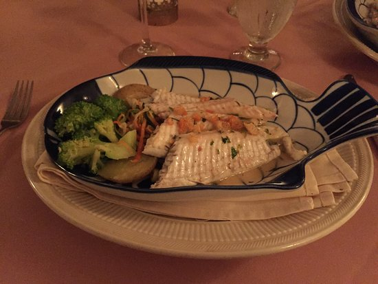 Mount Kisco, NY: Dover sole - love the serving dish!