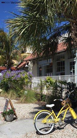 Boca Grande, FL: front of building
