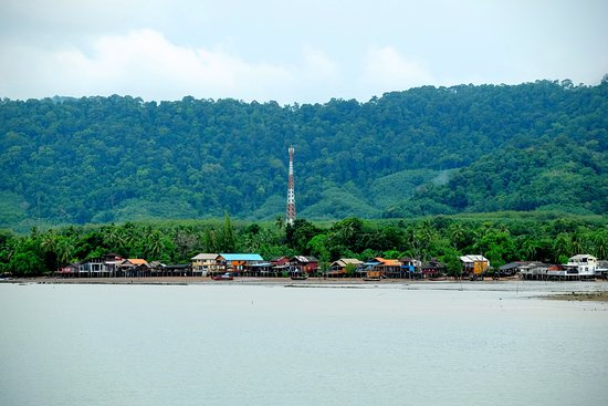 Lanta Old Town: view from middle of the sea