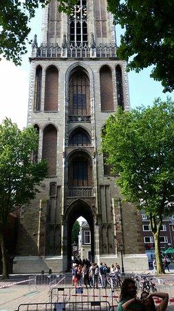 Cattedrale (Domkerk) e torre della cattedrale (Domtoren)