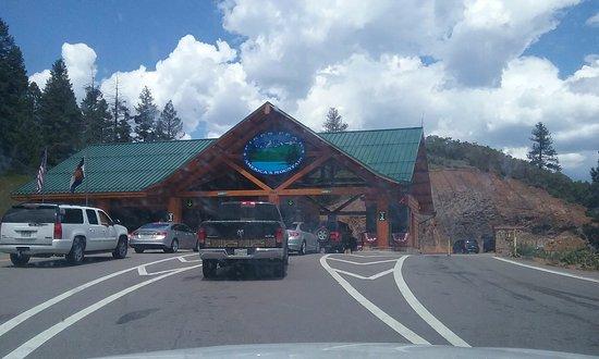 Pikes Peak: entrance