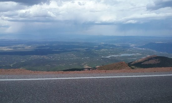 Pikes Peak: as you can see, not much shoulder, steep drop off