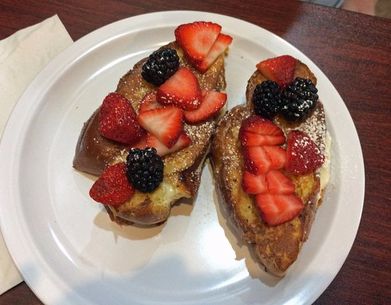 Enfield, CT: Stuffed French toast