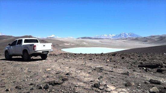 Tinogasta, Argentina: Laguna Azul unos metros antes de llegar al Balcon