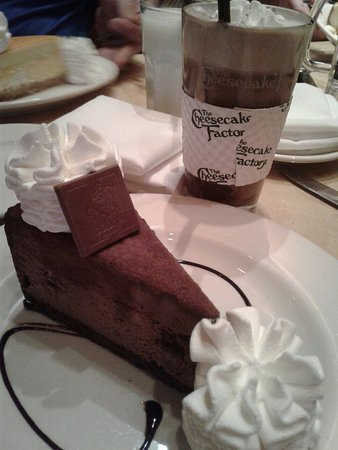 The Cheesecake Factory: 20160827_211728_large.jpg