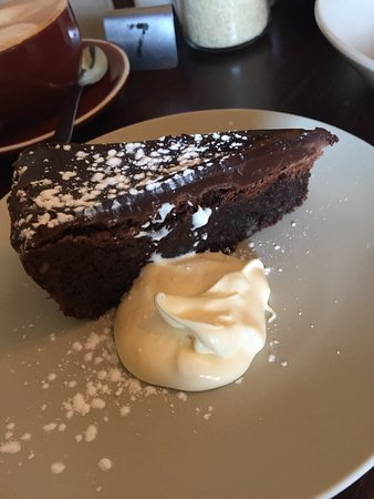 Queenscliff, Australia: Omg GF heaven!! Chocolate cake and sticky date pudding! Wow! Amazing coffee and very friendly st