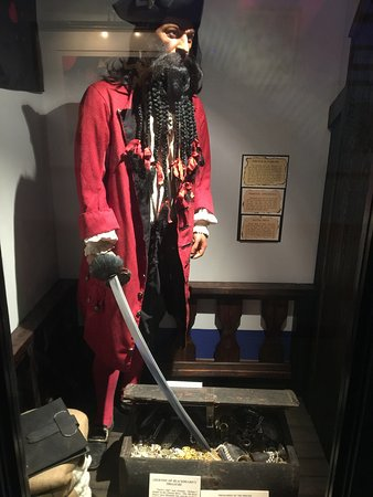 Teach's Hole Blackbeard Exhibit: photo0.jpg