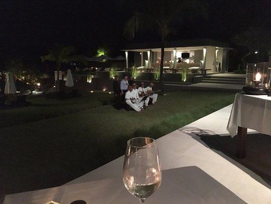 The Lombok Lodge: cena con musica dal vivo
