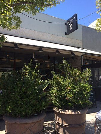 Culver City, Californie : Vista externa do restaurante.