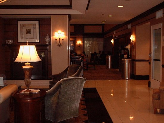 Chester, VA: Breakfast area is next to Hotel lobby