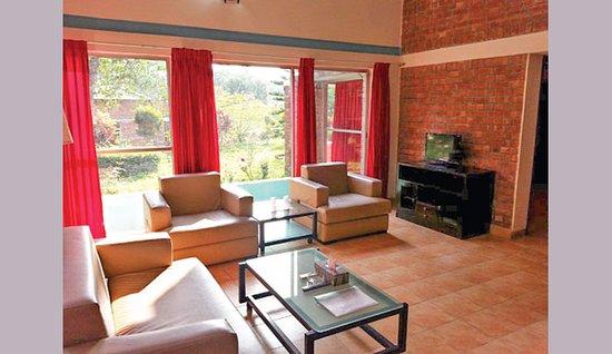 Rangamati Water Front Resort : Living room