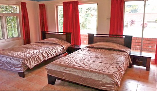 Rangamati Water Front Resort : Bed 1 with attach bath