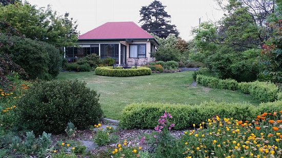 Photo of Hamlet Downs Country Accommodation Fentonbury