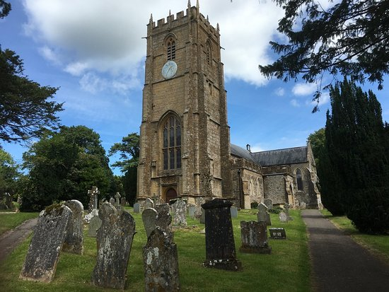 Whitchurch Canonicorum, UK: St Candidas from the churchyard